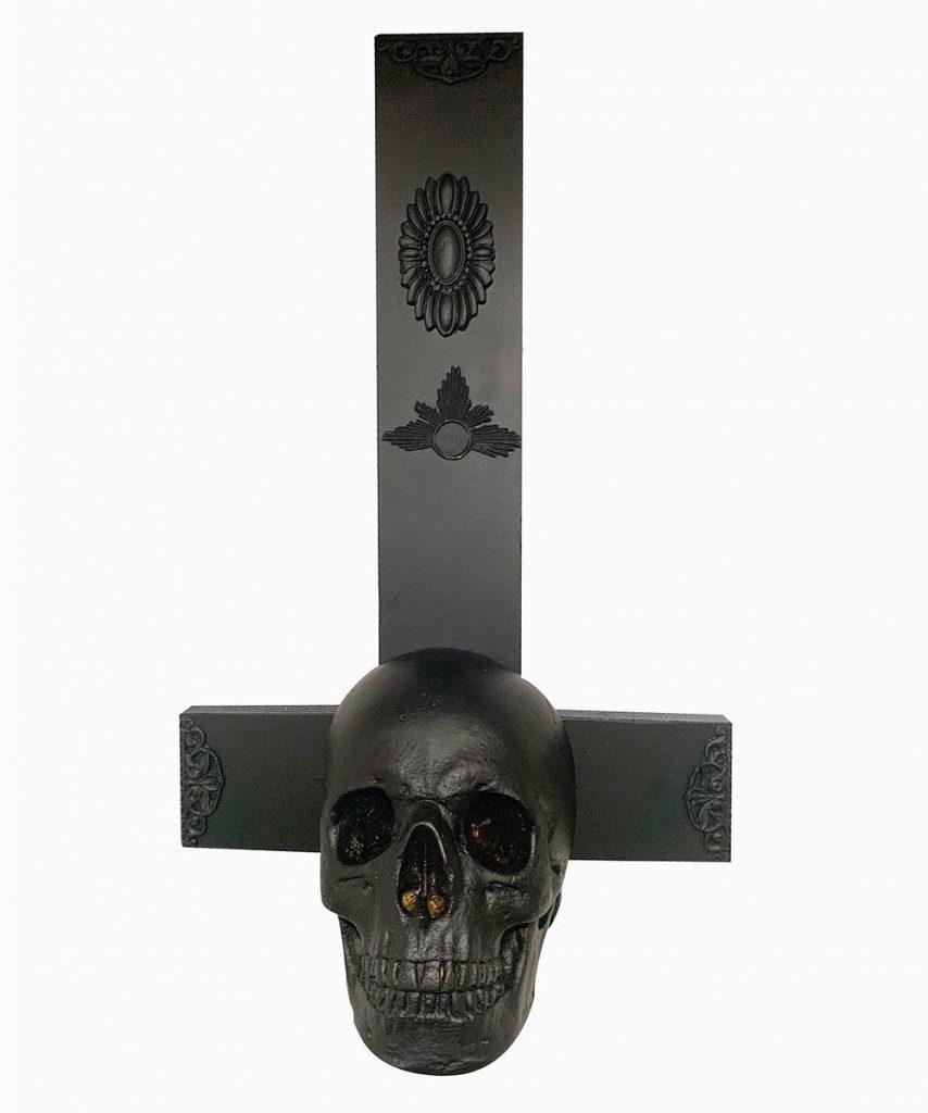 Crucifijo calavera negro Les Morts